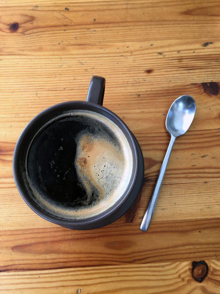 I like my coffee black. – Eigentlich ist uns doch alles gegeben,